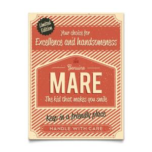 Mooi rood naambord van Koenmeloen met naam van kind. Leuk als kraamcadeau.