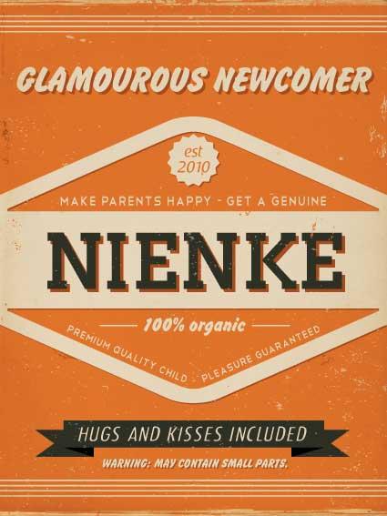 Mooi oranje naambord met naam van kind. Leuk als kraamcadeau.