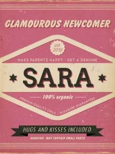Mooi roze naambord met naam van kind. Leuk als kraamcadeau.
