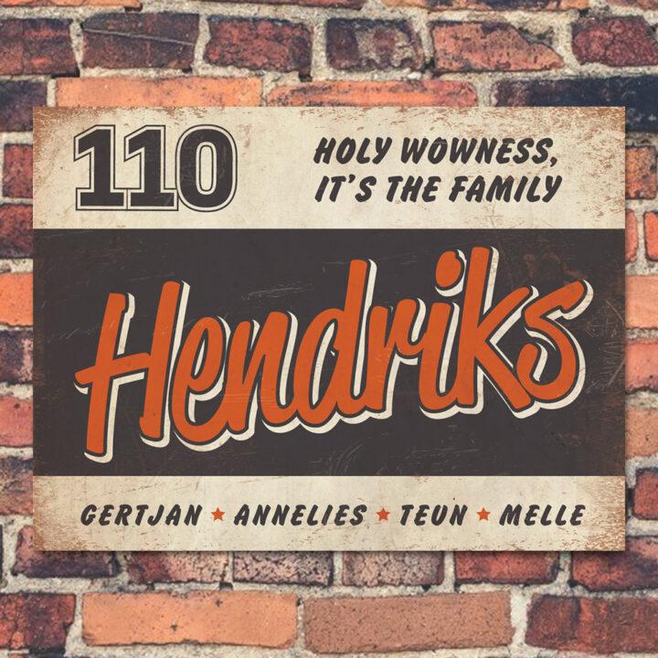 Naambord-Hendriks-voordeur-wit-zwart-oranje-koenmeloen