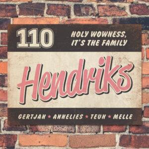 Naambord-Hendriks-voordeur-zwart-roze-wit-koenmeloen