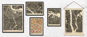 Poster van diverse steden (Groningen, Amsterdam, Sydney en deventer) koenmeloen