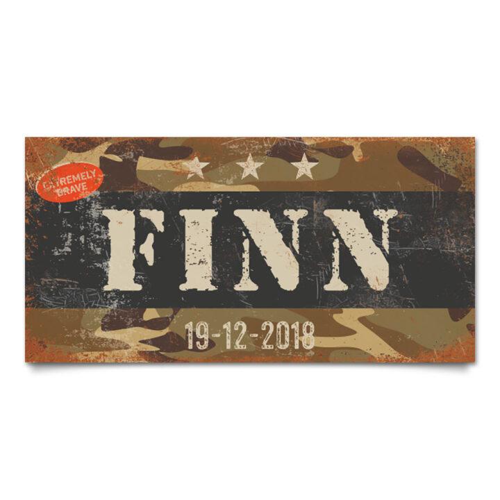 naambord-finn-zwart-lichte-tekst-leger-army-koenmeloen