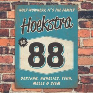 Vintage naambord-Hoekstra-voordeur-blauw-zwart-wit-koenmeloen