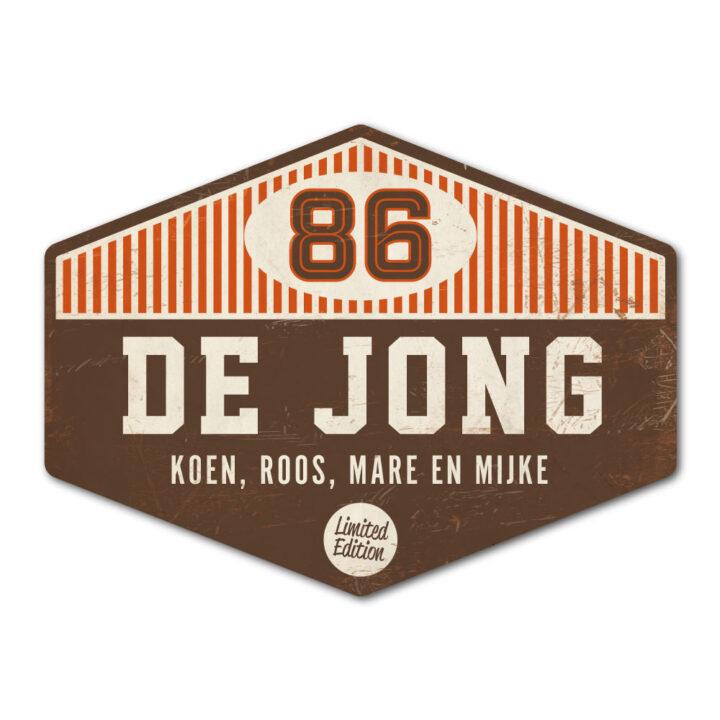Naambord-de-jong-bruin-wit-oranje koenmeloen voordeur