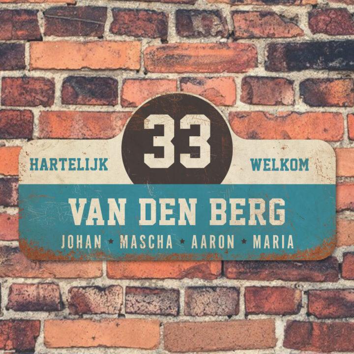 Van-den-Berg-naambord-koenmeloen-blauw-wit-zwart muur rallybord