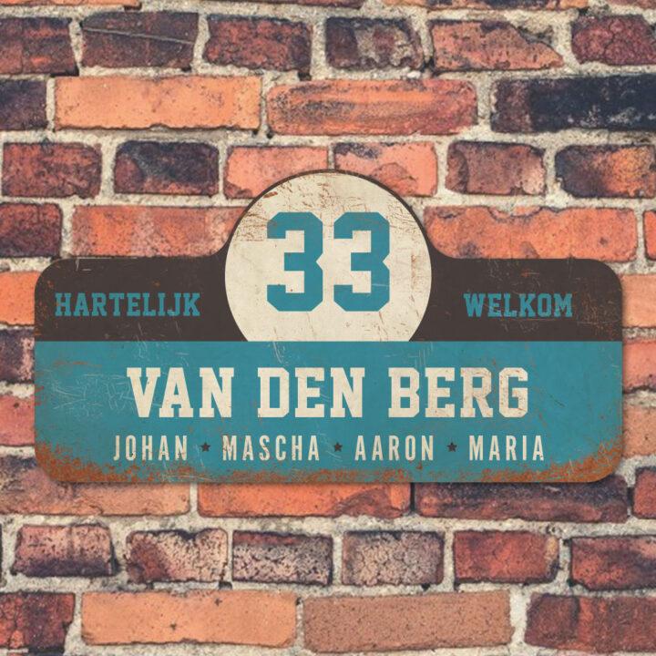Van-den-Berg-naambord-koenmeloen-blauw-zwart-wit-muur rallybord