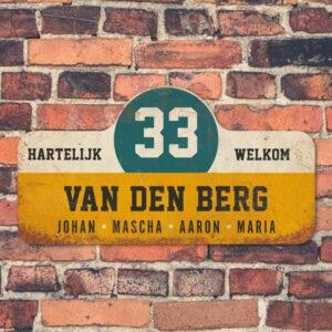 Van-den-Berg-naambord-koenmeloen-geel-wit-blauw-zwart-muur rallybord