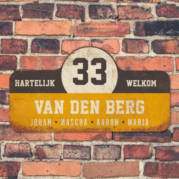 Van-den-Berg-naambord-koenmeloen-geel-zwart-wit-muur rallybord