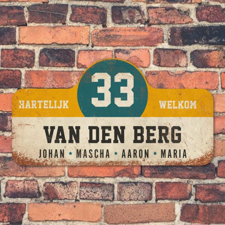 Van-den-Berg-naambord-koenmeloen-wit-geel-blauw-zwart-muur rallybord