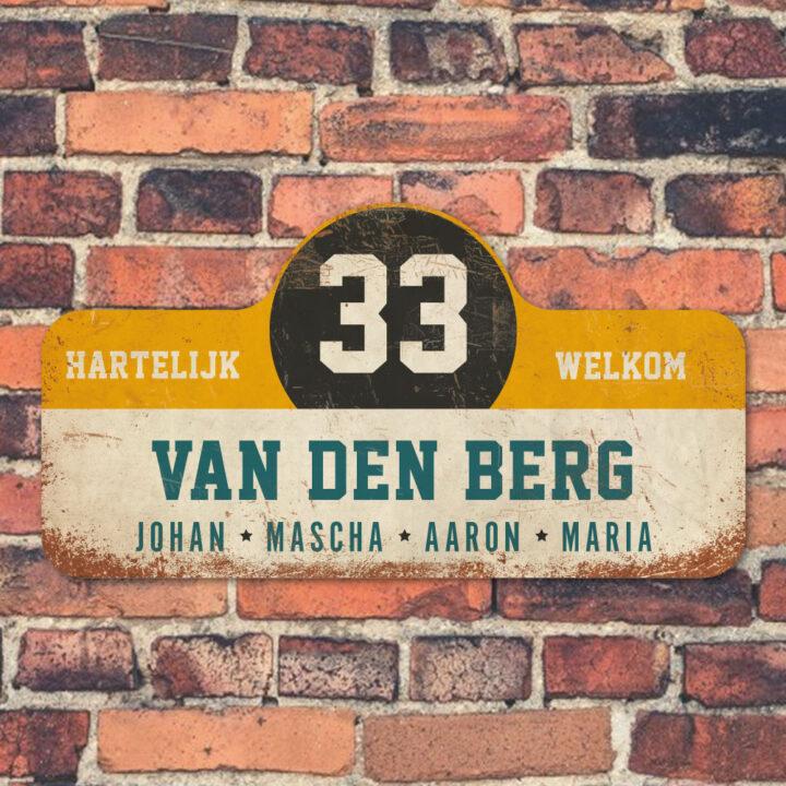 Van-den-Berg-naambord-koenmeloen-wit-geel-zwart-blauw-muur rallybord