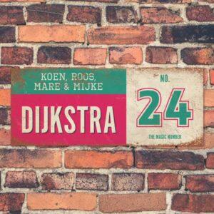 Koenmeloen-vintage-naambord-Dijksrta-roze-mint-wit