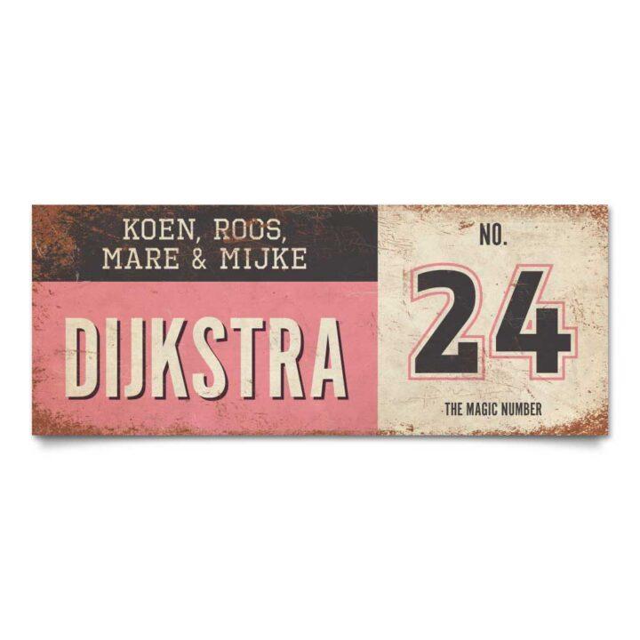 Koenmeloen-vintage-naambord-Dijksrta-roze-zwart-wit