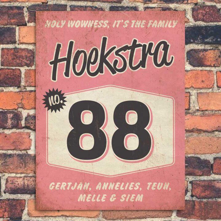 Naambord-Hoekstra-voordeur-roze-zwart-wit-koenmeloen