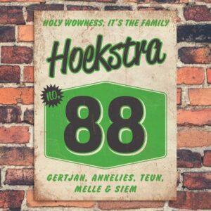 Naambord-Hoekstra-voordeur-wit-zwart-groen-koenmeloen