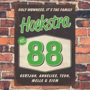 Naambord-Hoekstra-voordeur-zwart-groen-wit-koenmeloen