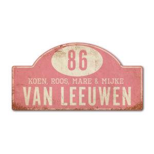 Naambord-Van-leeuwen-voordeur-koenmeloen-licht-roze-wit-rallybord