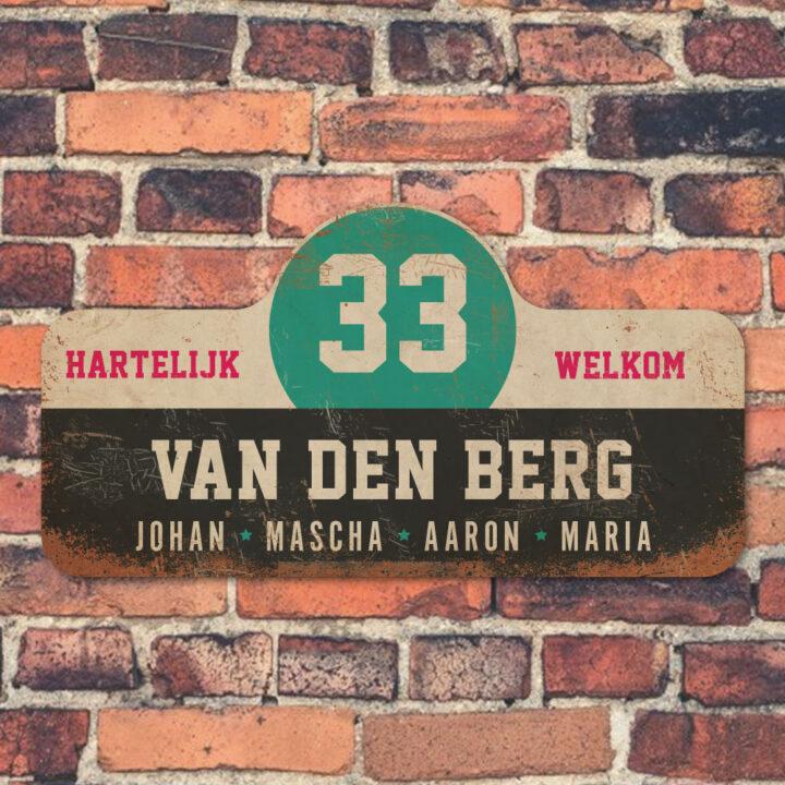 Van-den-Berg-naambord-koenmeloen-zwart-wit-mint-roze-muur rallybord