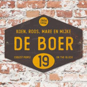 Naambord-de-boer-zwart-geel-ruit-koenmeloen-vintage-origineel