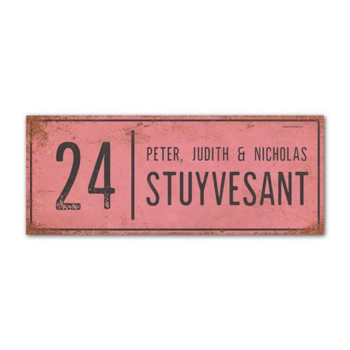 Naambord-Stuyvesant-vintage-koenmeloen-voordeur-roze-zwart