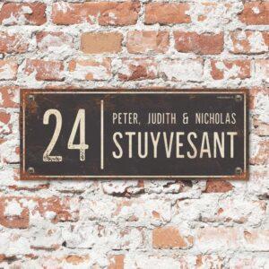 Naambord-Stuyvesant-vintage-koenmeloen-voordeur-antraciet-wit