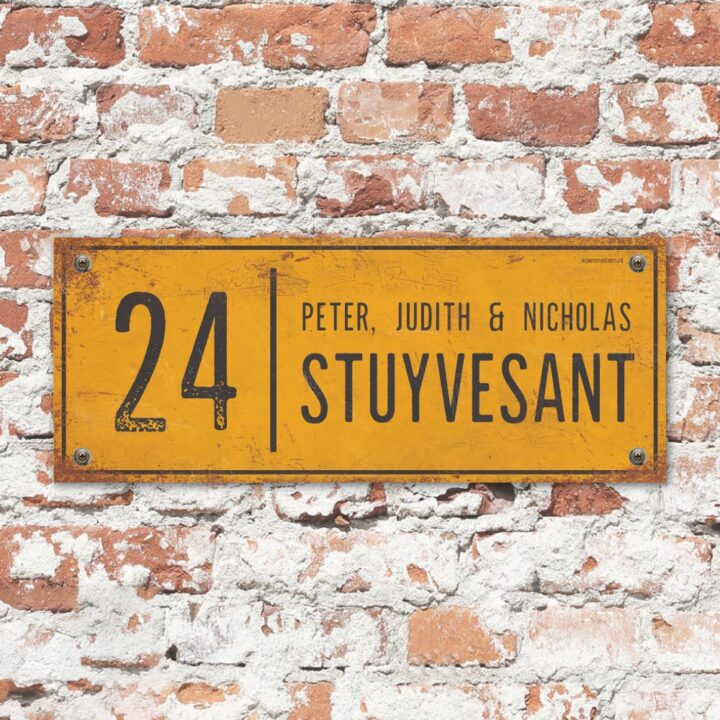 Naambord-Stuyvesant-vintage-koenmeloen-voordeur-geel-zwart