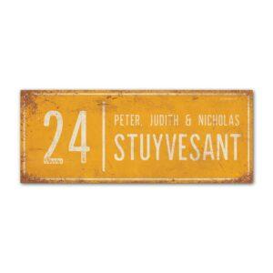 Naambord-Stuyvesant-vintage-koenmeloen-voordeur-geel-wit