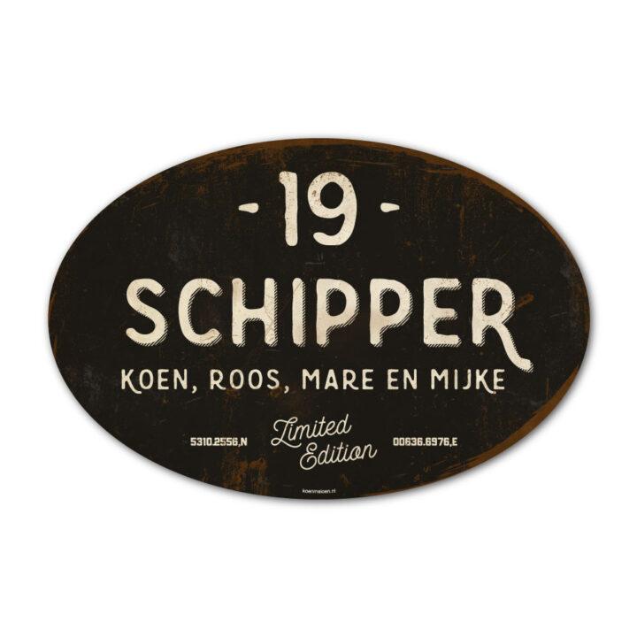 Naambord-Schipper-vintage-koenmeloen-voordeur-zwart-wit-muur