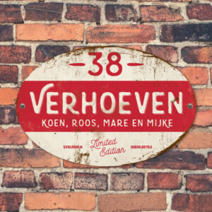 Naambord-Verhoeven-vintage-koenmeloen-voordeur-wit-rood