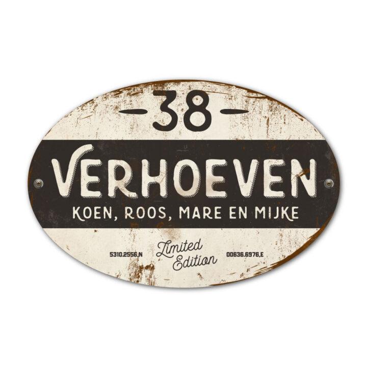 Naambord-Verhoeven-vintage-koenmeloen-voordeur-zwart-wit
