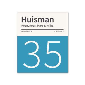 Naambord-Huisman-22-vlakken-nummer-onder-geen-roest-zwarte-tekst-Koenmeloen--blauw-wit
