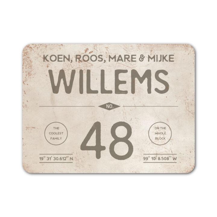 Naambord-Willems-koenmeloen-grijs-wit